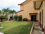 mactan-house-294-lawn