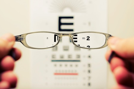 can diet and exercise affect your eyesight