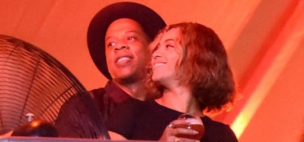 Beyonce-Jay-Z-At-Made-In-America-Festival-1-675x900