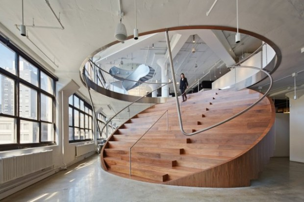 24.wieden-kennedy-staircase_28668-660x440