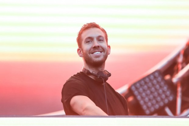 Hot-Calvin-Harris-Pictures-3
