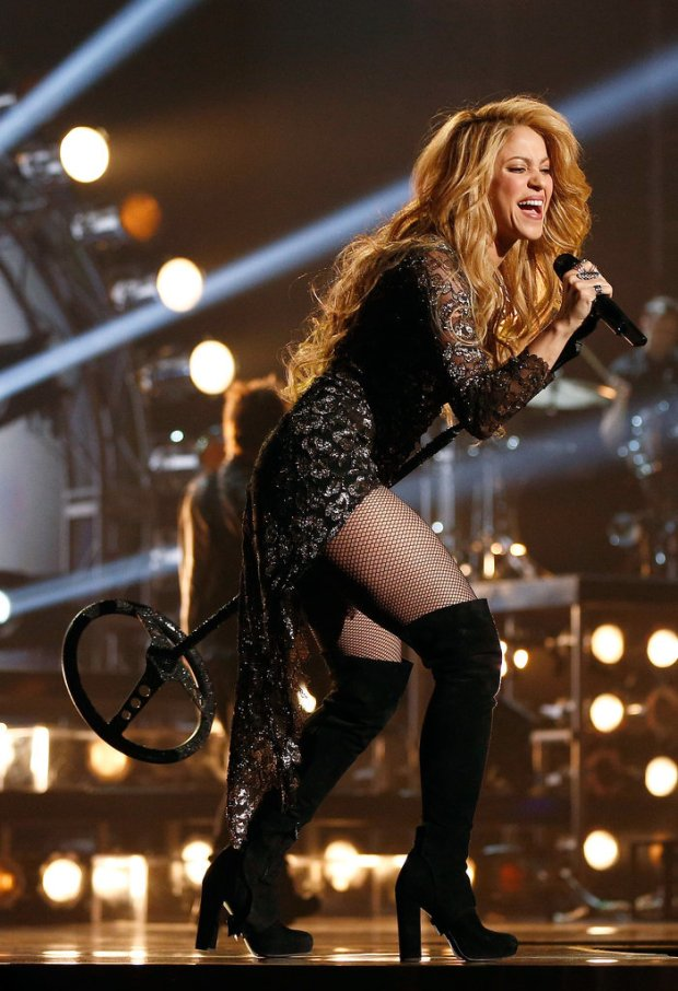 Hot-Shakira-Pictures-5