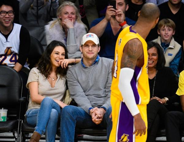 Mila-Kunis-Ashton-Kutcher-Lakers-Game-Dec-20141