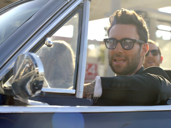 maroon-5-sugar-video-stills-2