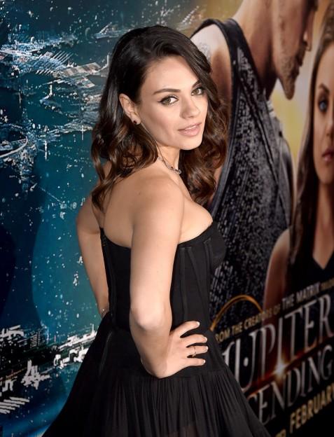 Mila-Kunis-LA-Premiere-Jupiter-Ascending2
