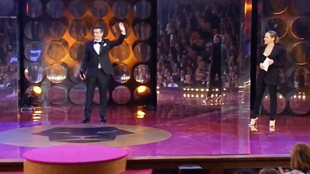 VID: Czech Oscars Team Fail To Spot Jim Carrey Hoaxer