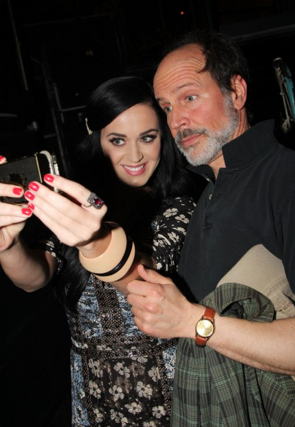Katy-Perry-put-her-best-grin-self-taken-snap-Marcus