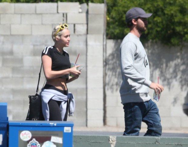 Miley-Cyrus-Patrick-Schwarzenegger-LA-Pictures