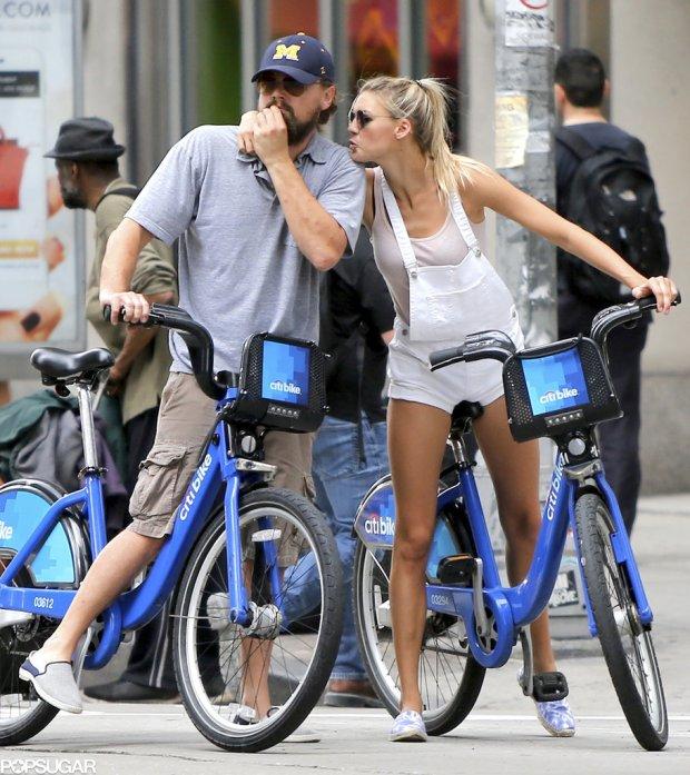 Leonardo-DiCaprio-Kelly-Rohrbach-Riding-Bikes-PDA-3
