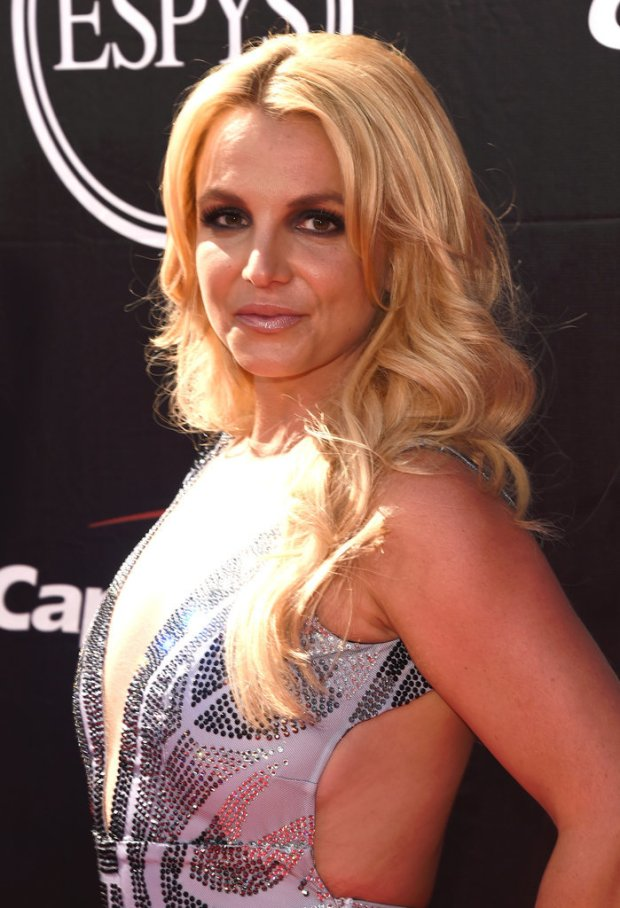 Britney-Spears-ESPY-Awards-2015-3