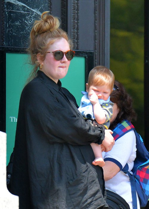 adele-and-baby-1372411178-custom-0