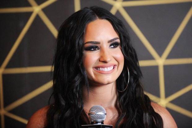 μητέρα τηςDemi Lovato
