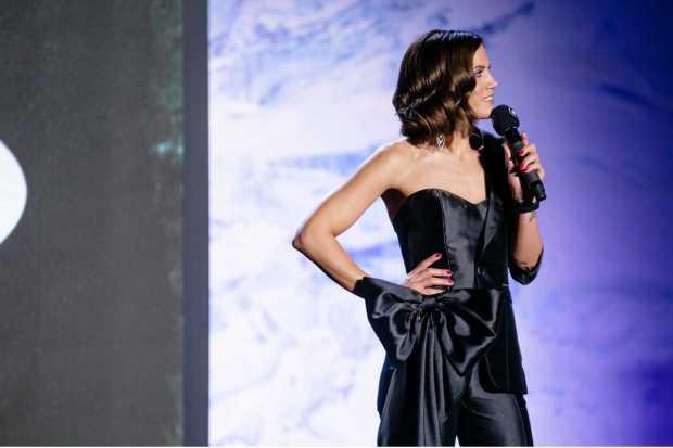 Τι φόρεσε η Μαίρη Συνατσάκη στο MadWalk 2018 by Serkova