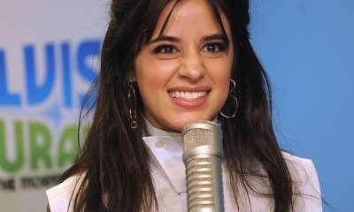 Camila Cabello τρόλαρε τους παπαράτσι