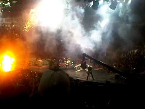 Οι πιο σοκαριστικές στιγμές της μουσικής σκηνής