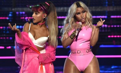 The Light Is Coming από Ariana Grande και Nicki Minaj