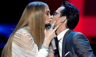 Jennifer Lopez, Marc Anthony Alex Rodriguez ποζάρουν αγκαλιά