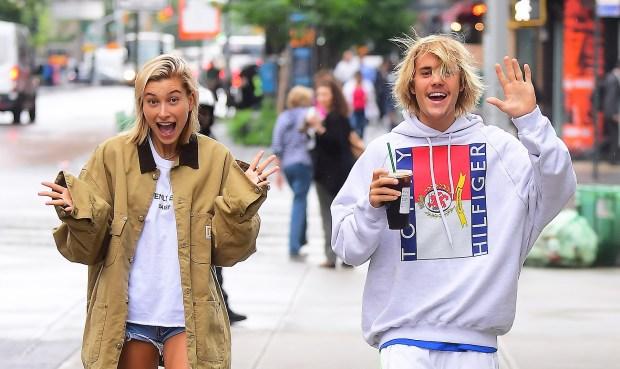 Justin Bieber και η Hailey Baldwin αρραβωνιάστηκαν