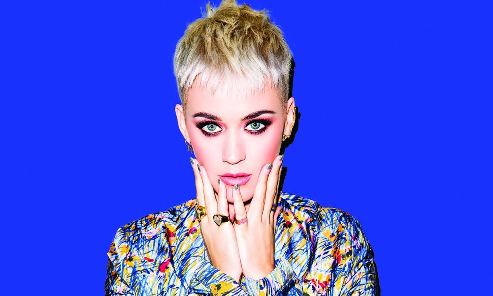 Katy Perry δεν τα παρατά