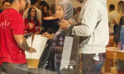 H Cardi B ξοδεύει χιλιάδες Δολάρια ψωνίζοντας δώρα για τα παιδιά