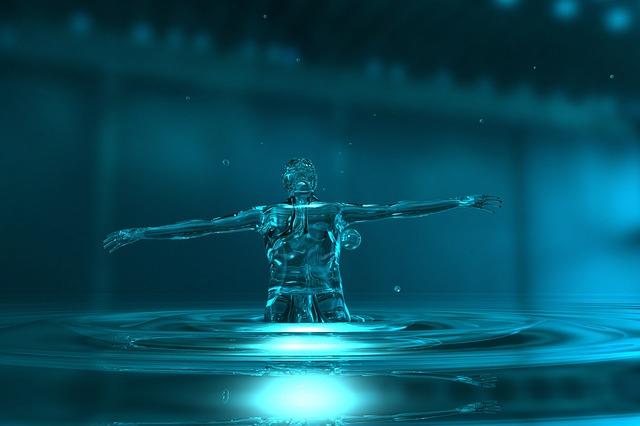 Hombre hecho de agua