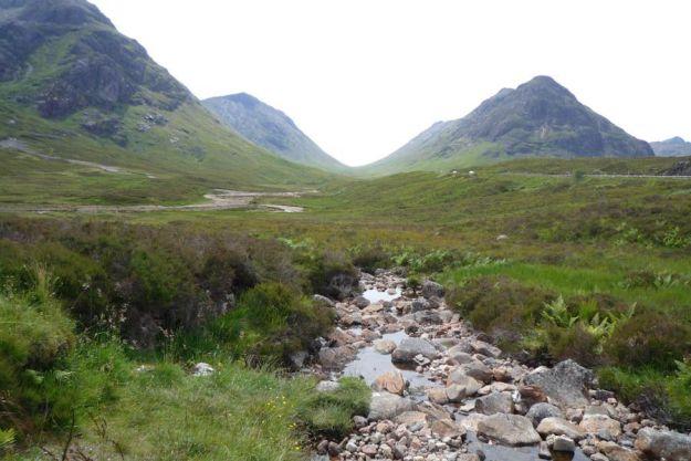 Un alto en el camino en Glencoe en las Highlands (Escocia)