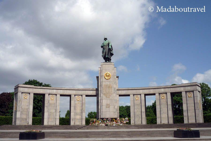 Monumento Conmemorativo Soviético en el Tiergarten de Berlín