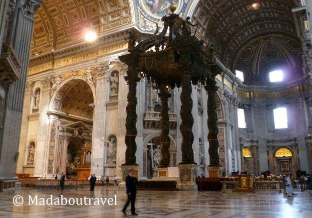 Baldaquino de Bernini en San Pedro del Vaticano