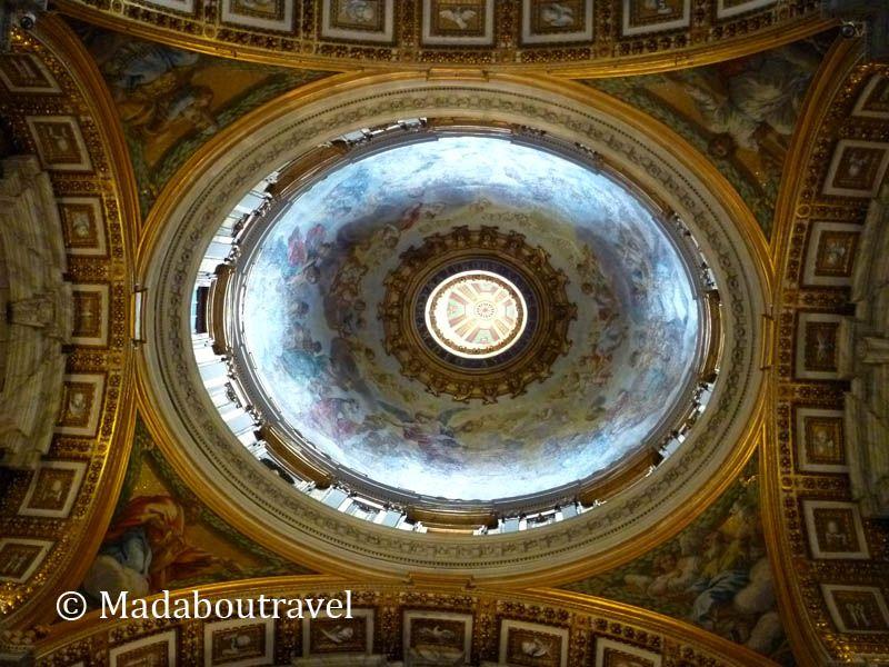 Cúpula secundaria en San Pedro del Vaticano