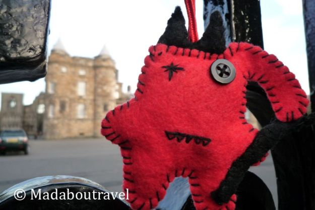 Dimoni intentando colarse en el Palacio de Holyrood, Edimburgo