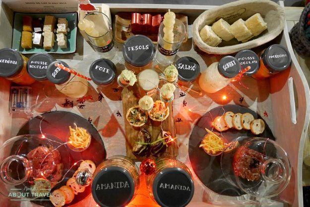cena romántica de fin de año en Mas Can Batlle, casa rural de la Garrotxa