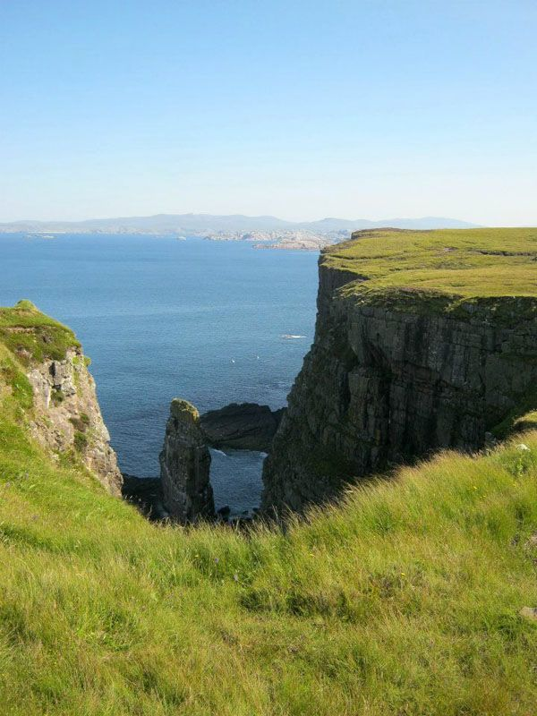 Cliffs in Handa