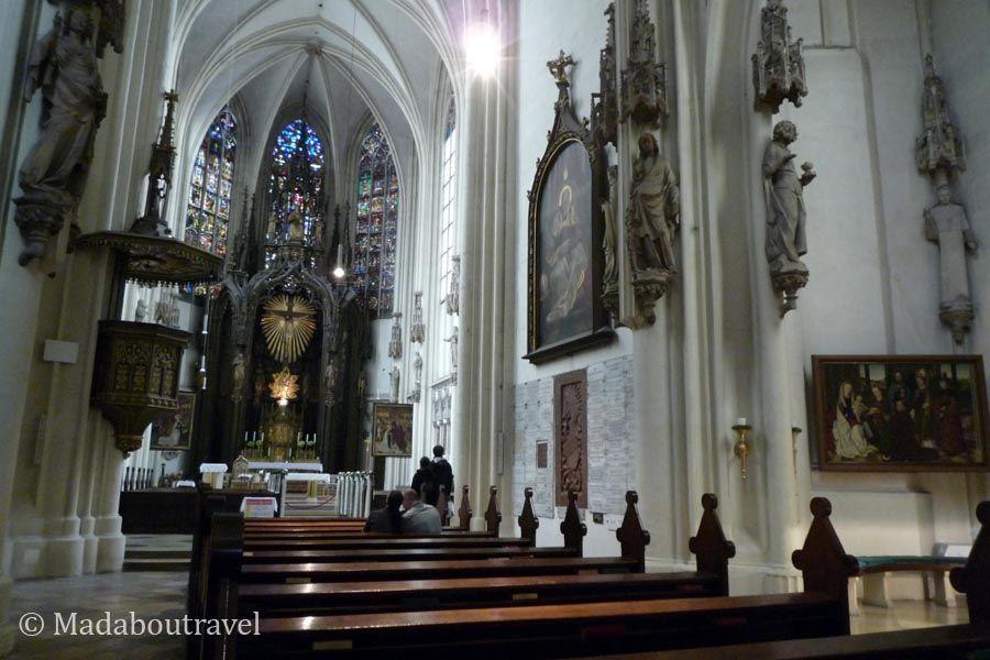 Interior de la iglesia de Maria Am Gestade, Viena