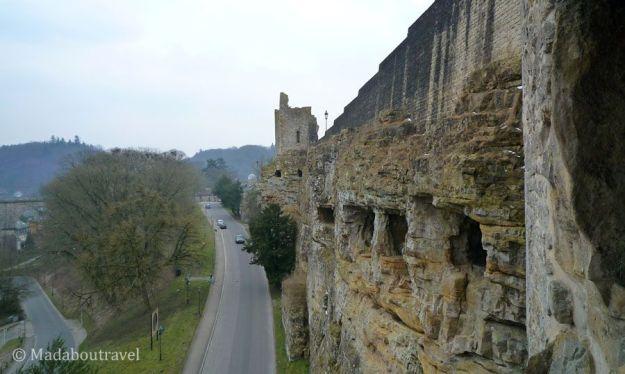 Perfil de las casamatas del Bock en Luxemburgo
