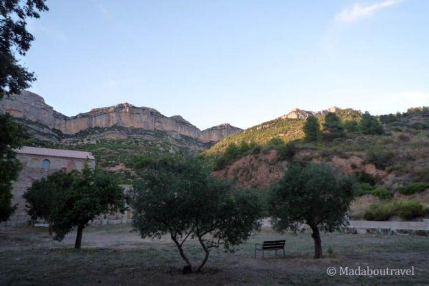La sierra del Montsant en la cartuja de Escaladei