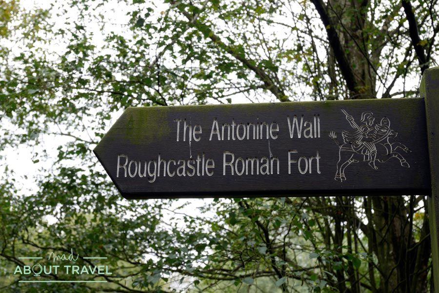 Visita al muro de Antonino con Real Roman ToursVisita al muro de Antonino con Real Roman Tours