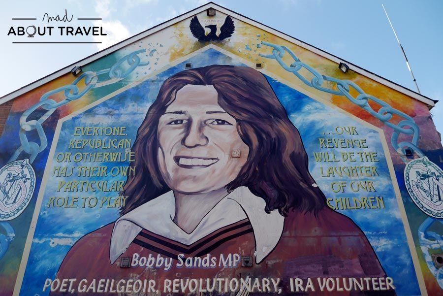 Tour Por Los Murales De Belfast Con Un Taxi Negro Mad About Travel