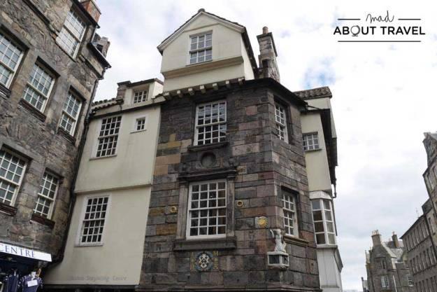 Tour Outlander - Casa de John Knox en Edimburgo
