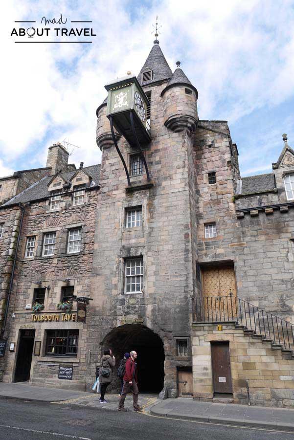 Tour Outlander - Tolbooth de Canongate en Edimburgo