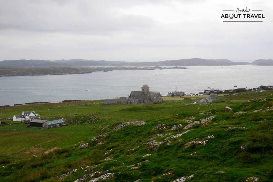 vistas desde dun i en la isla de iona escocia
