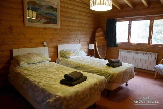 cabaña de madera en los cairngorms de escocia