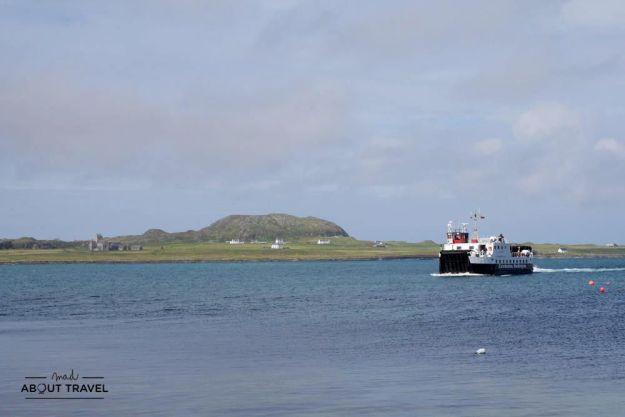 ferry a la isla de iona