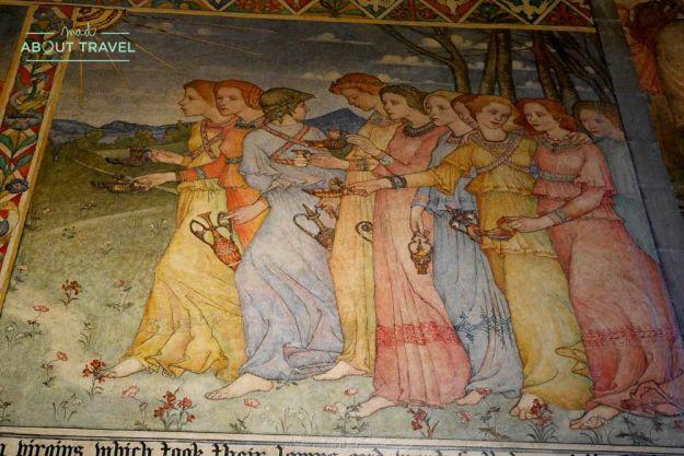 murales de phoebe anna traquair en la iglesia de mansfield traquair en edimburgo