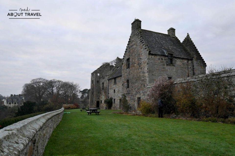 castillo de aberdour, lugar del rodaje de outlander en escocia