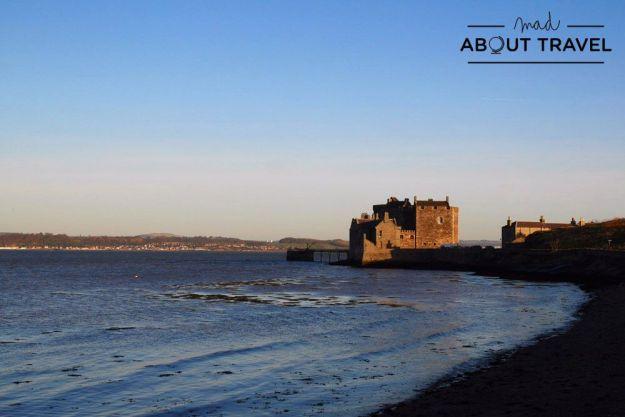castillo de blackness en escocia
