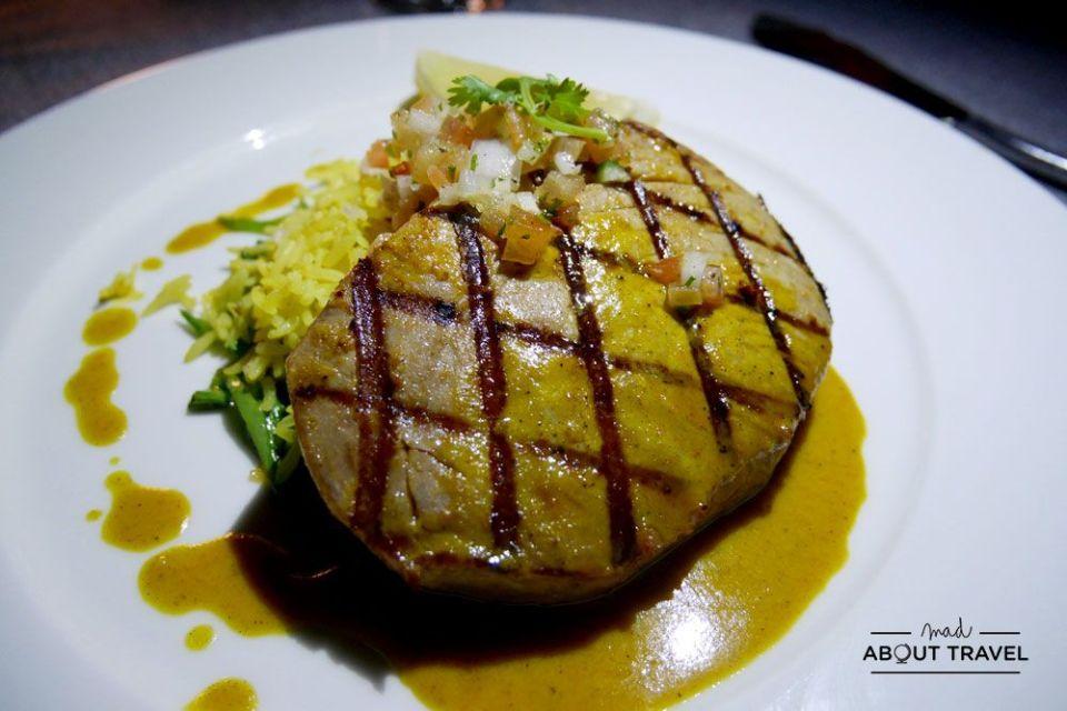 restaurante Stars en el resort coco bodu hithi de maldivas