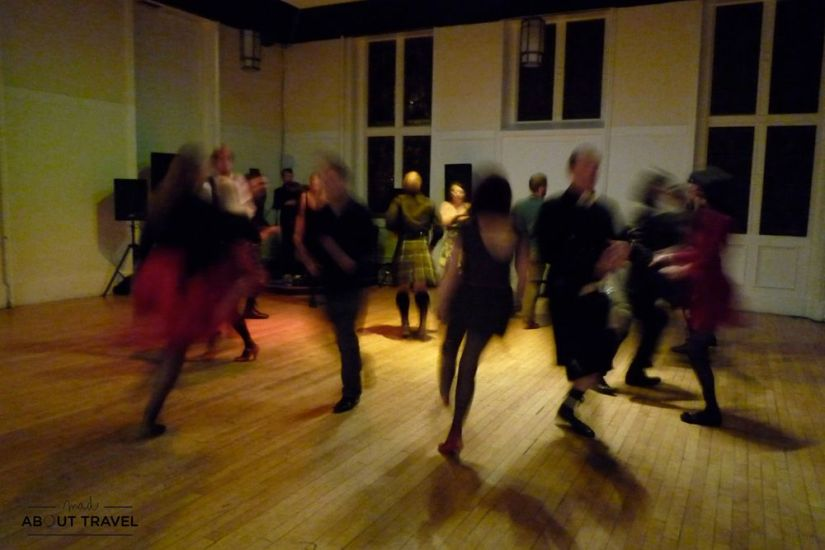 ceilidh noche de burns en escocia - blog mad about travel