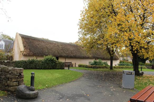 que ver en escocia: alloway cottage de robert burns