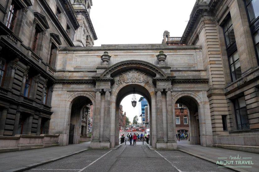 localizaciones del rodaje de outlander en Escocia: plaza george square en glasgow