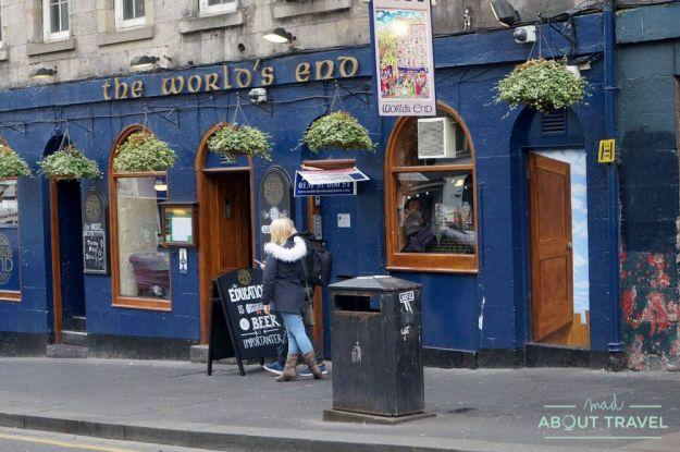 ruta outlander Edimburgo: pub the world's end